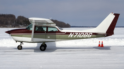 N7108G - Cessna 172K Skyhawk - Private