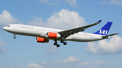 F-WWCE - Airbus A330-343 - Scandinavian Airlines (SAS)