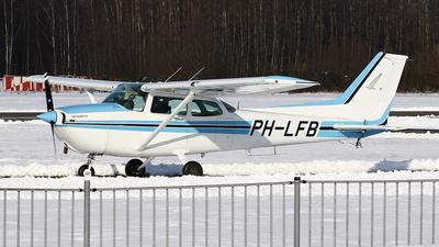 A picture of PHLFB - Cessna 172P Skyhawk - [17275363] - © Jeroen Stroes