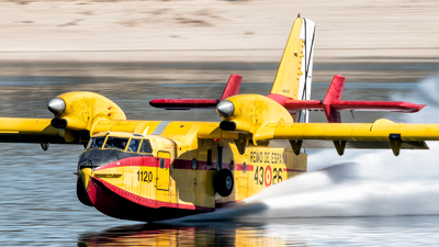 UD.13-26 - Canadair CL-215T - Spain - Air Force