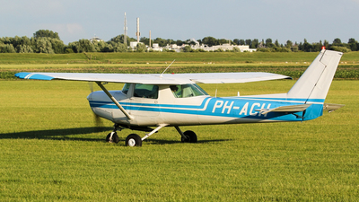 PH-ACH - Reims-Cessna F152 II - Private