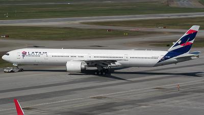 PT-MUI - Boeing 777-32WER - LATAM Airlines