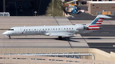 N762SK - Bombardier CRJ-701 - American Eagle (SkyWest Airlines)