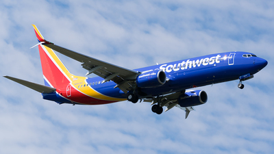 N8524Z - Boeing 737-800 - Southwest Airlines