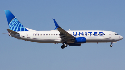 N37274 - Boeing 737-824 - United Airlines
