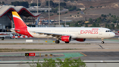EC-JDR - Airbus A321-213 - Iberia Express