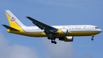 V8-MHB - Boeing 767-27G(ER) - Brunei - Sultan's Flight
