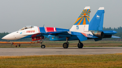 5 - Sukhoi Su-27 Flanker - Russia - Air Force