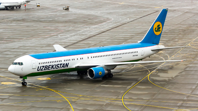 UK67008 - Boeing 767-33P(ER) - Uzbekistan Airways