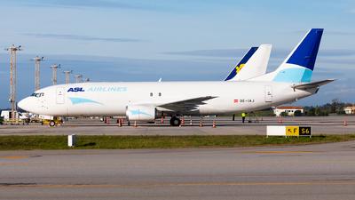 A picture of OEIAJ - Boeing 737476(SF) - ASL Airlines Belgium - © Carlos Miguel Seabra