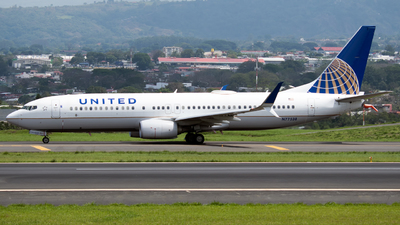 A picture of N77538 - Boeing 737824 - United Airlines - © Ore