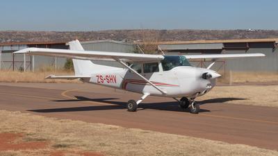 ZS-SHV - Cessna 172N Skyhawk - Private