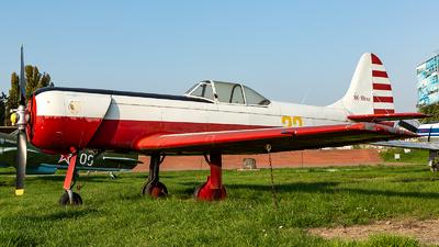 22 - Yakovlev Yak-18PM - Ukraine Central Air Club