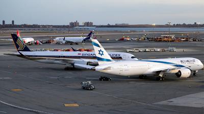 KJFK - Airport - Ramp