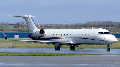 EI-EEZ - Bombardier CL-600-2B19 Challenger 850 - Private Sky