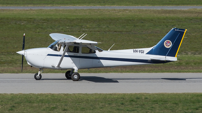 VH-YGI - Cessna 172R Skyhawk II - Singapore Flying College