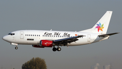 Z3-AAM - Boeing 737-529 - MAT Airways
