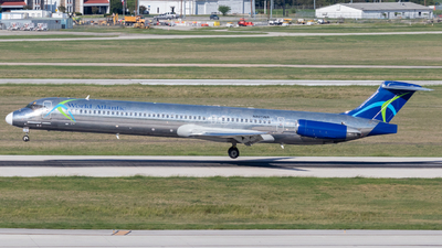 A picture of N801WA - McDonnell Douglas MD83 - World Atlantic Airlines - © Luke Ayers