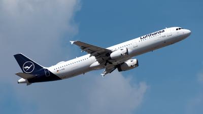 A picture of DAIDB - Airbus A321231 - Lufthansa - © Sebastian Thiel