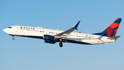 A picture of N825DN - Boeing 737932(ER) - Delta Air Lines - © John Newsome