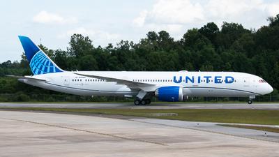 N29984 - Boeing 787-9 Dreamliner - United Airlines