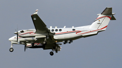 FAC5748 - Beechcraft B300 King Air 350 - Colombia - Air Force