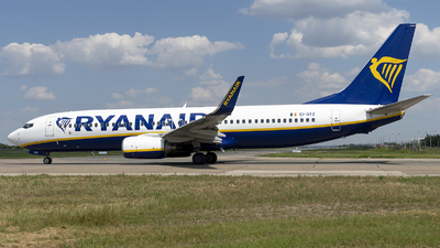 A picture of EIDYZ - Boeing 7378AS - Ryanair - © Loredana Cioclei
