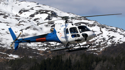 LN-OSP - Eurocopter AS 350B2 Ecureuil - Pegasus Helicopter
