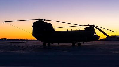 09-08823 - Boeing CH-47F Chinook - United States - US Army