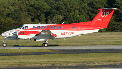 N874UP - Beechcraft B300 King Air 350i - Wheels Up