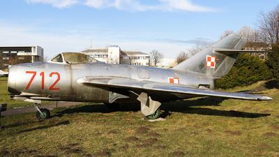 712 - WSK-Mielec Lim-1 - Poland - Air Force