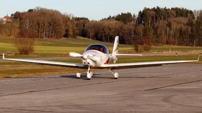 D-EAQX - Aquila A210 - Private