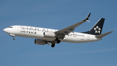 N76516 - Boeing 737-824 - United Airlines