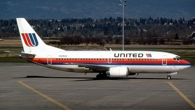 N345UA - Boeing 737-322 - United Airlines