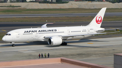 JA824J - Boeing 787-8 Dreamliner - Japan Airlines (JAL)