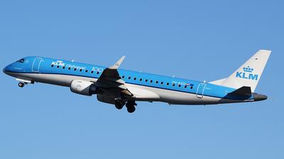 A picture of PHEZO - Embraer E190STD - KLM - © John Fitzpatrick