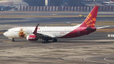VT-SZA - Boeing 737-8GJ - SpiceJet