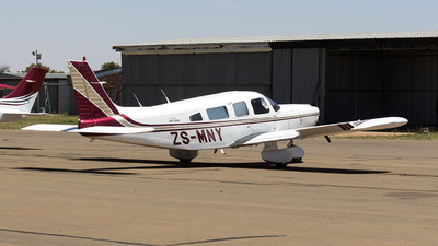 ZS-MNY - Piper PA-32-300 Cherokee Six - Private