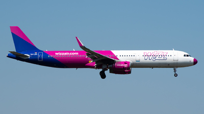 HA-LXH - Airbus A321-231 - Wizz Air