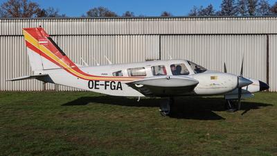 OE-FGA - Piper PA-34-200T Seneca II - Private
