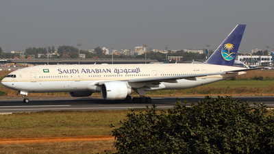 HZ-AKM - Boeing 777-268(ER) - Saudi Arabian Airlines
