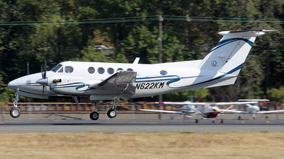 N622KM - Beechcraft 200 Super King Air - Private