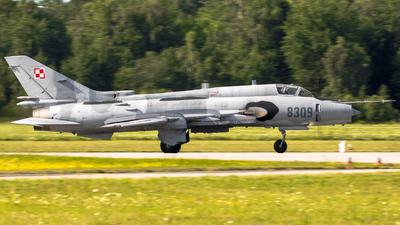 8309 - Sukhoi Su-22M4 Fitter K - Poland - Air Force