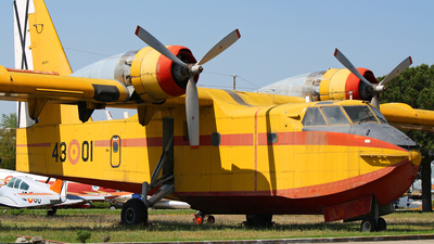 UD.13-1 - Canadair CL-215 - Spain - Air Force