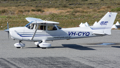 VH-CYQ - Cessna 172S Skyhawk SP - Curtin Flying Club