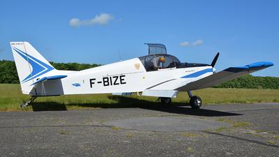 F-BIZE - Jodel D140C Mousquetaire III - Private