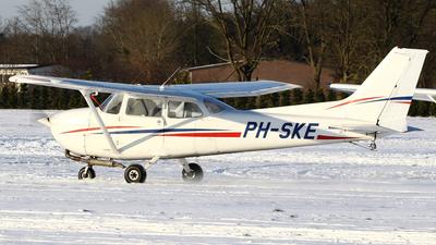 A picture of PHSKE - Cessna 172P Skyhawk - [17274730] - © Jeroen Stroes