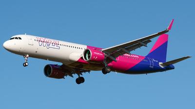 A picture of HALVI - Airbus A321271NX - Wizz Air - © Laszlo Fekete