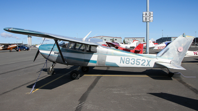 N8352X - Cessna 172C Skyhawk - Private
