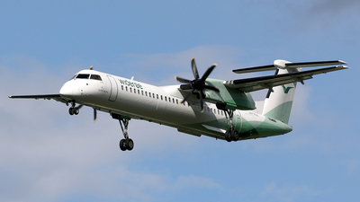 A picture of LNWDK - De Havilland Canada Dash 8400 - Wideroe - © Stig Rokkones